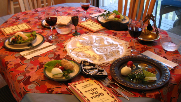 A_Seder_table_setting