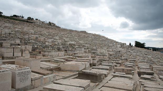 tombes sur le versant du mont des oliviers à jerusalem