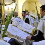 22 Septembre 2013 : Office du matin pour la fête de Souccot (fête des Tentes ou des Cabanes). Synagogue de Neuilly-sur-Seine (92) France.  Septembre 22th, 2013 : Morning office for the feast of sukkot. Synagogue of Neuilly-sur-Seine (92) France.